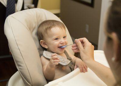 Estrategias para lograr hábitos saludables de alimentación en la infancia